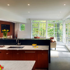 Modern Kitchen by Moore Architects, PC