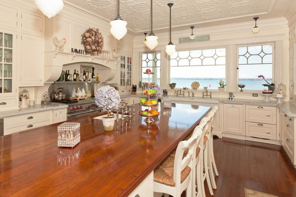 Traditional Kitchen by Cheryl Scrymgeour Designs