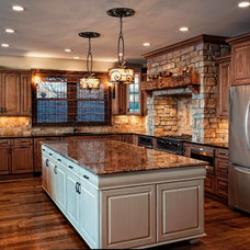 Traditional Kitchen by Leslie McDonnell ReMax Realtor