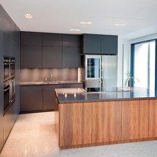 Modern Kitchen by Hausmann Kitchens