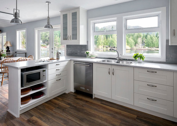 Transitional Kitchen by David Coulson Design Ltd.