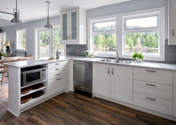 Transitional Kitchen by David Coulson Design Ltd.