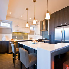 Contemporary Kitchen by Lipsett Photography Group