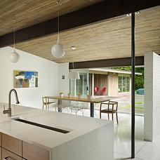 Midcentury Kitchen by DeForest Architects
