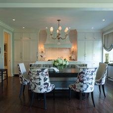 Traditional Kitchen by jamesthomas, LLC
