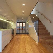 Contemporary Kitchen by Studio SMA
