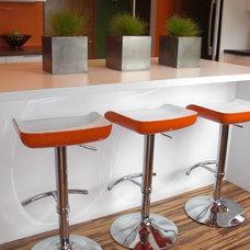 Modern Kitchen by Modern Edge Design