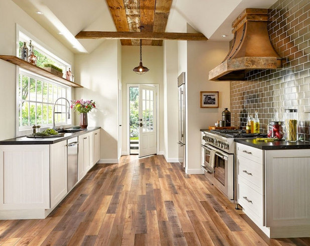 Farmhouse Kitchen by Floor Coverings International of East Bay CA