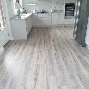 75 Beautiful Laminate Floor Kitchen With Granite Countertops Pictures Ideas February 2021 Houzz