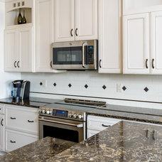 Traditional Kitchen by Renaissance Granite & Quartz