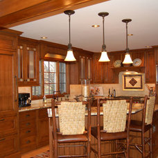 Traditional Kitchen by Ellyn Barr Designs