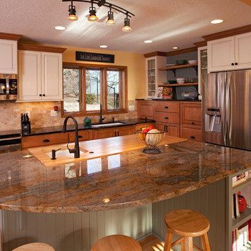 Large Apple Valley Kitchen
