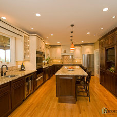 Traditional Kitchen by Stonegate Construction, Inc.
