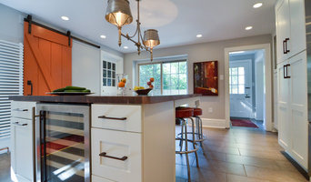 Large Island with Undercounter Wine Cooler
