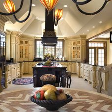 Traditional Kitchen by Universal Cabinetry Design Center