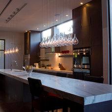 Modern Kitchen by We Got Lites