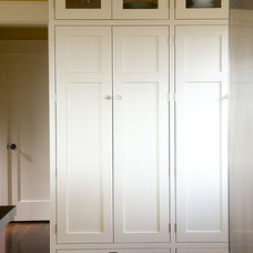 Kitchen Cabinetry by Jesse Bay Cabinet Co.