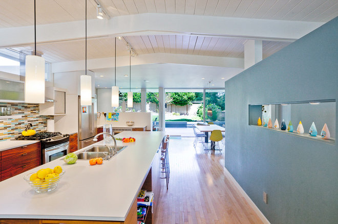 Midcentury Kitchen by Daniel Sheehan Photography
