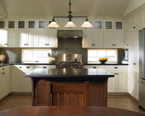 Traditional L Shaped Kitchen Idea In Seattle With Stainless Steel Appliances Granite Countertops And