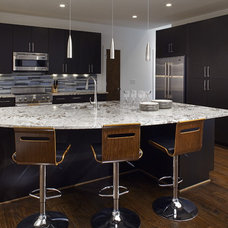 Modern Kitchen by Epic Development