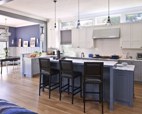 example of a trendy l shaped open concept kitchen design in los angeles with subway