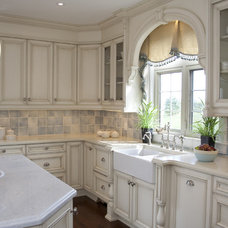Traditional Kitchen by Leanne Mosquite Interior Design