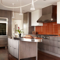 contemporary kitchen by Welch Forsman Associates