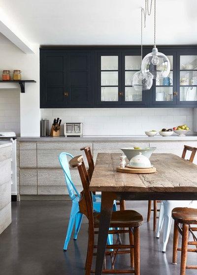 eine alte werkstatt wird zur wohnk che im industrial look. Black Bedroom Furniture Sets. Home Design Ideas