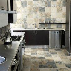 Modern Kitchen by FLORIDA TILE & STONE DESIGN STUDIO