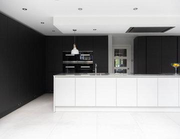 Leicht by Vogue Kitchens - Monochrome Kitchen with Miele Appliances