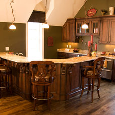 Traditional Kitchen by Gunter Woodworking, Inc