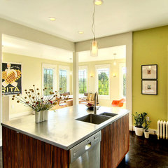 modern kitchen by Zinc Interior Concepts