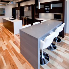 contemporary kitchen by Leslie Meyers