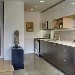 modern kitchen by First Lamp