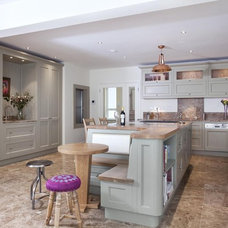 Traditional Kitchen by Woodale Designs Ireland