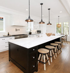 traditional kitchen by Blackband Design