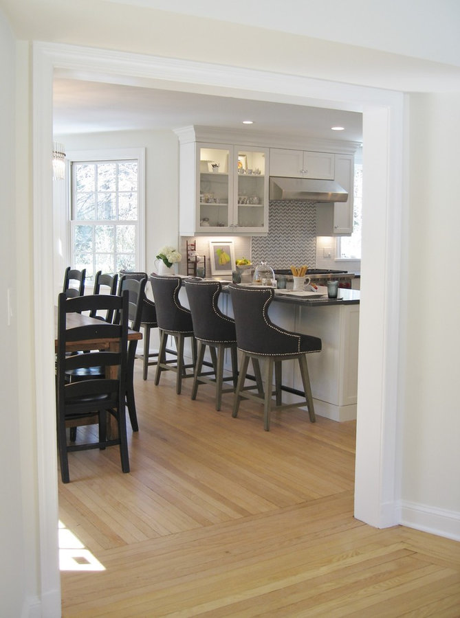 LIGHT AND AIRY IN BRONXVILLE