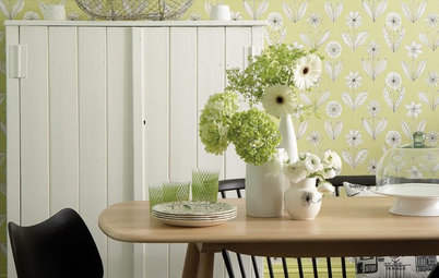 10 Ways to Boost Your Home with Spring Blooms