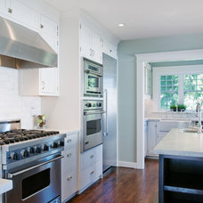Traditional Kitchen by Lakeville Homes