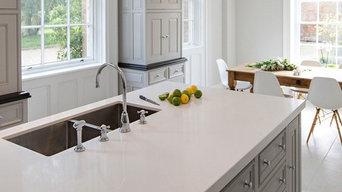 Light coloured Quartzstone kitchen Worktops