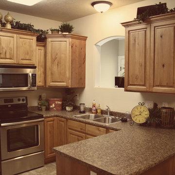 Light/Medium Cabinets