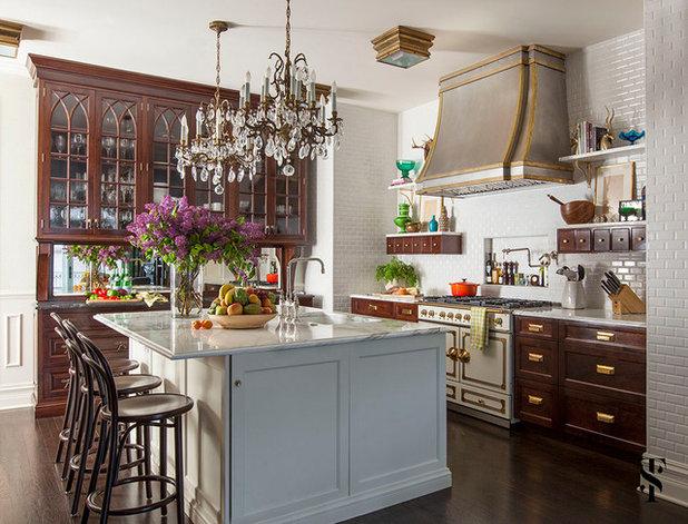 Farmhouse Kitchen by Summer Thornton Design, Inc