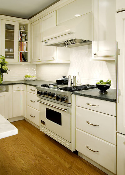 white appliances find the limelight,White Kitchen White Appliances,Kitchen decor