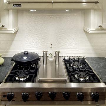 Lincoln Square Family Kitchen