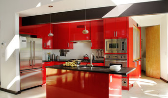 Lipstick Red Kitchen