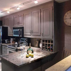 Traditional Kitchen by Lisa Newman Interiors LLC