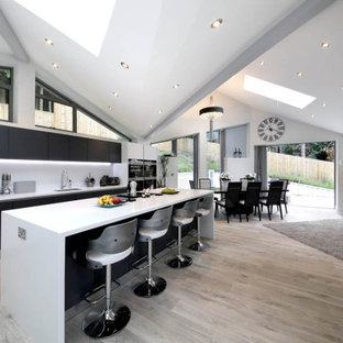 This is an example of a midcentury kitchen in Hampshire.