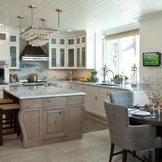 Beach Style Kitchen by Anne Michaelsen Design