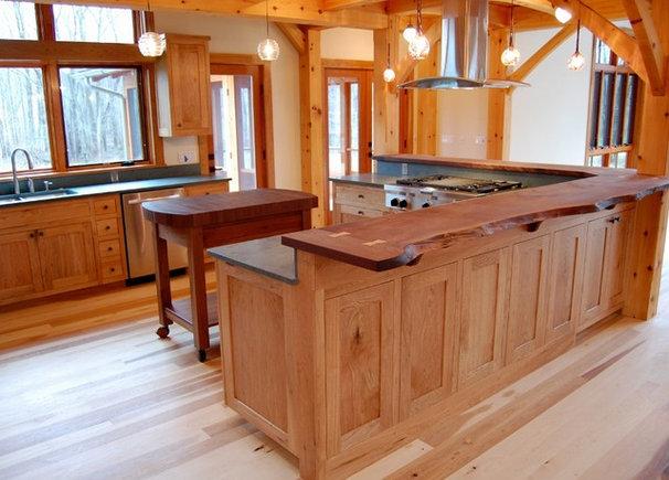 Kitchen by NEWwoodworks Fine Woodworking