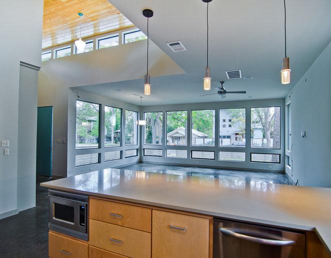 Modern Kitchen by DeWitt Architects